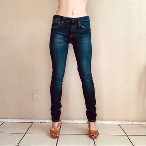 Levi's 520 Women's Extreme Taper Fit - Size 16
